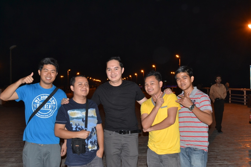 With JP, Jay, Romar & Edmund @Kish Island, Iran