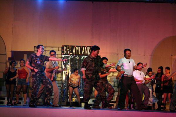 The Heat Is On In Saigon #MissSaigon #PMA2009