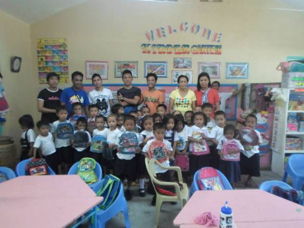 Vicente Oliva Sr. Elemetary School Kindergarten students (afternoon class)