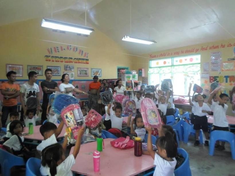 Vicente Oliva Sr. Elemetary School Kindergarten students (morning class)