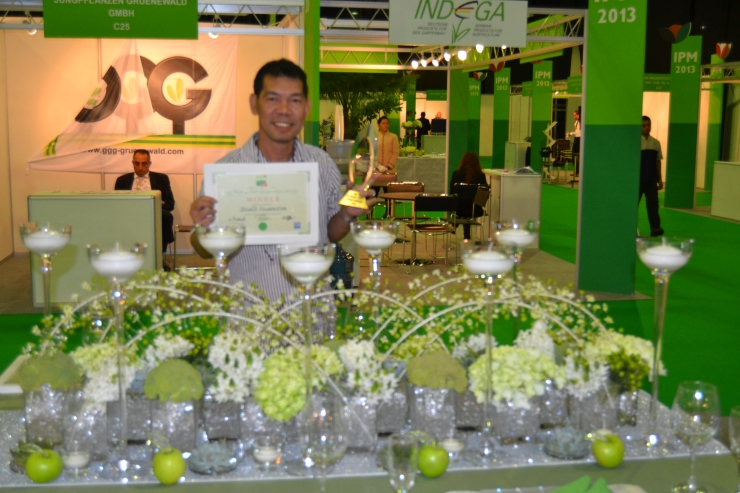 Renato Villanueva, Head Florist of Shirin Flowers FZCO, won the First Prize #IPMDubai-UAE2013