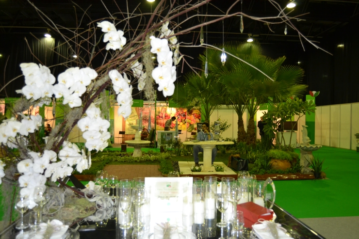 Entry from Patrick van Hesselingen (Germany) Head Florist of CONTEMPO (DIFC) LLC won 3rd Prize for Wedding Table Championship #