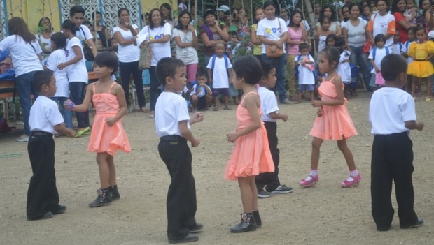 A dance number from one of the schools of Milagros East District (8Am May 25, 2014)