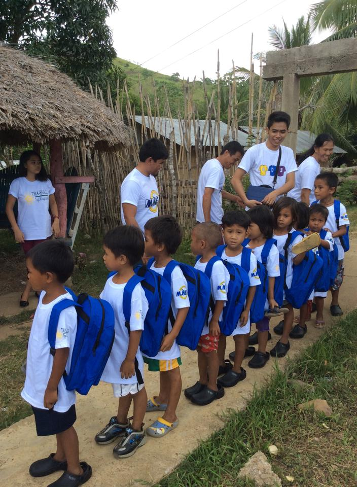 10 kids from Matanglad Elementary School (9AM May 21, 2014)